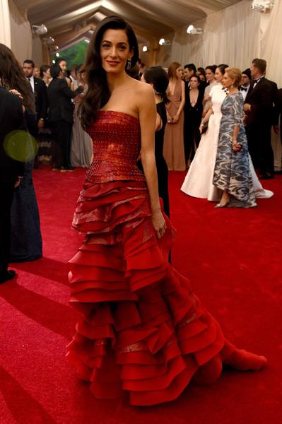 Amal+Clooney+China+Through+Looking+Glass+Costume+B_O1yxczcIyl