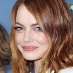 Emma Stone's Subtle Pink Lip For The LA Premiere Of 'Aloha'