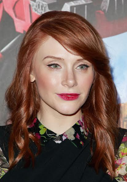 The Trick To Bryce Dallas Howard's Stunning Summer Makeup Look