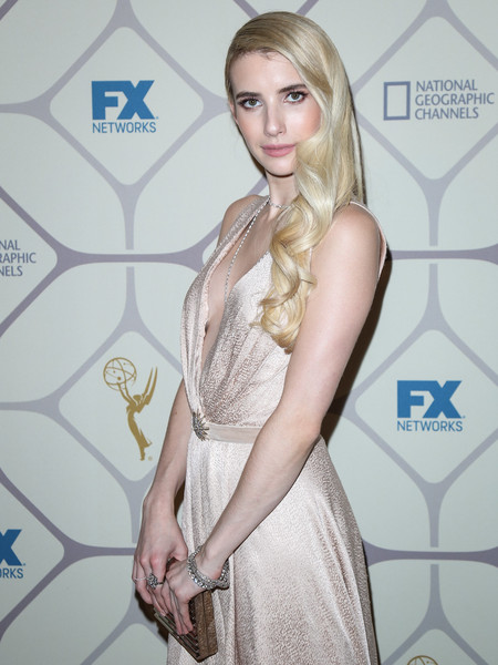 How To Recreate Emma Roberts' Old Hollywood Hairstyle