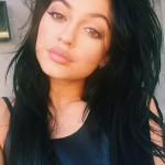 Kardashian Korrespondent: Kylie's New Short Black Bob + More
