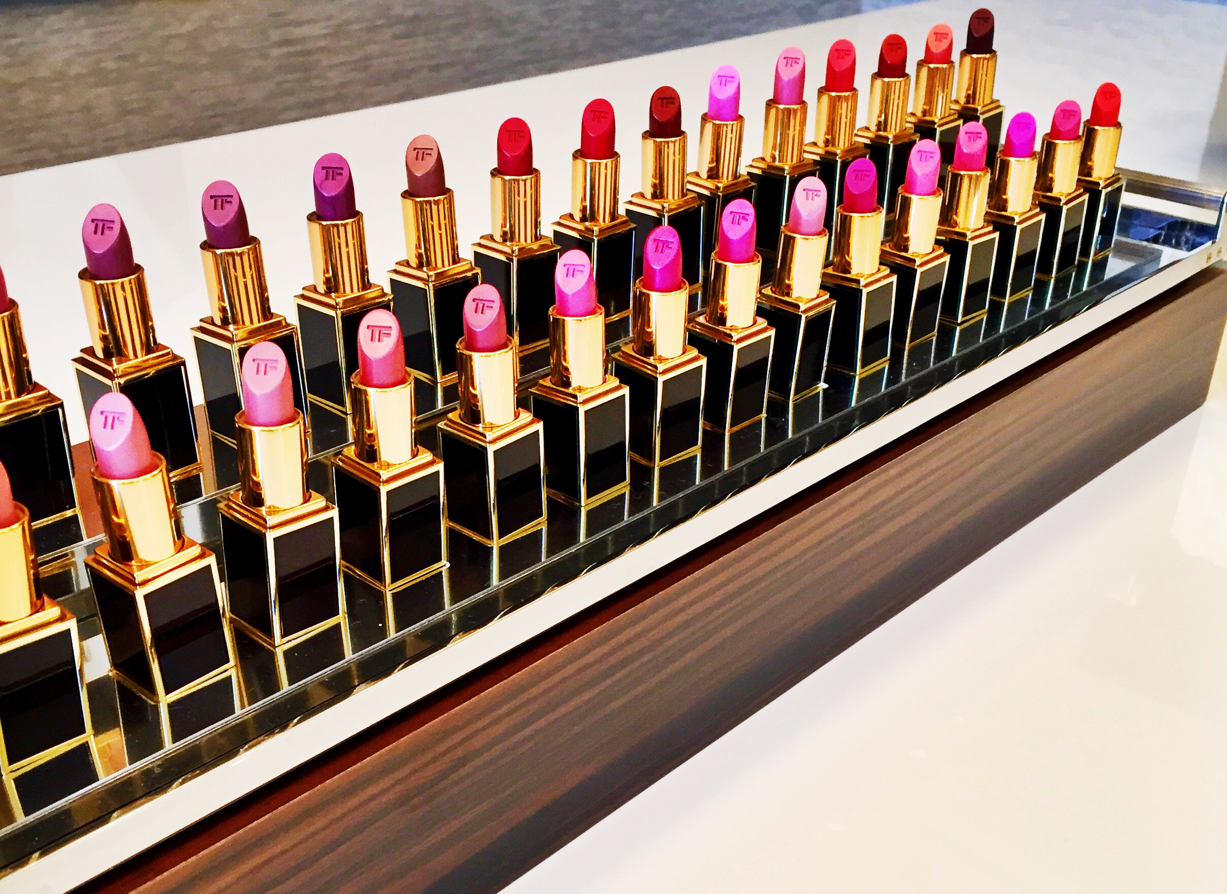 Tom Ford Lips And Boys: Buy All 50 Mini Lipsticks On Monday   Rouge 18