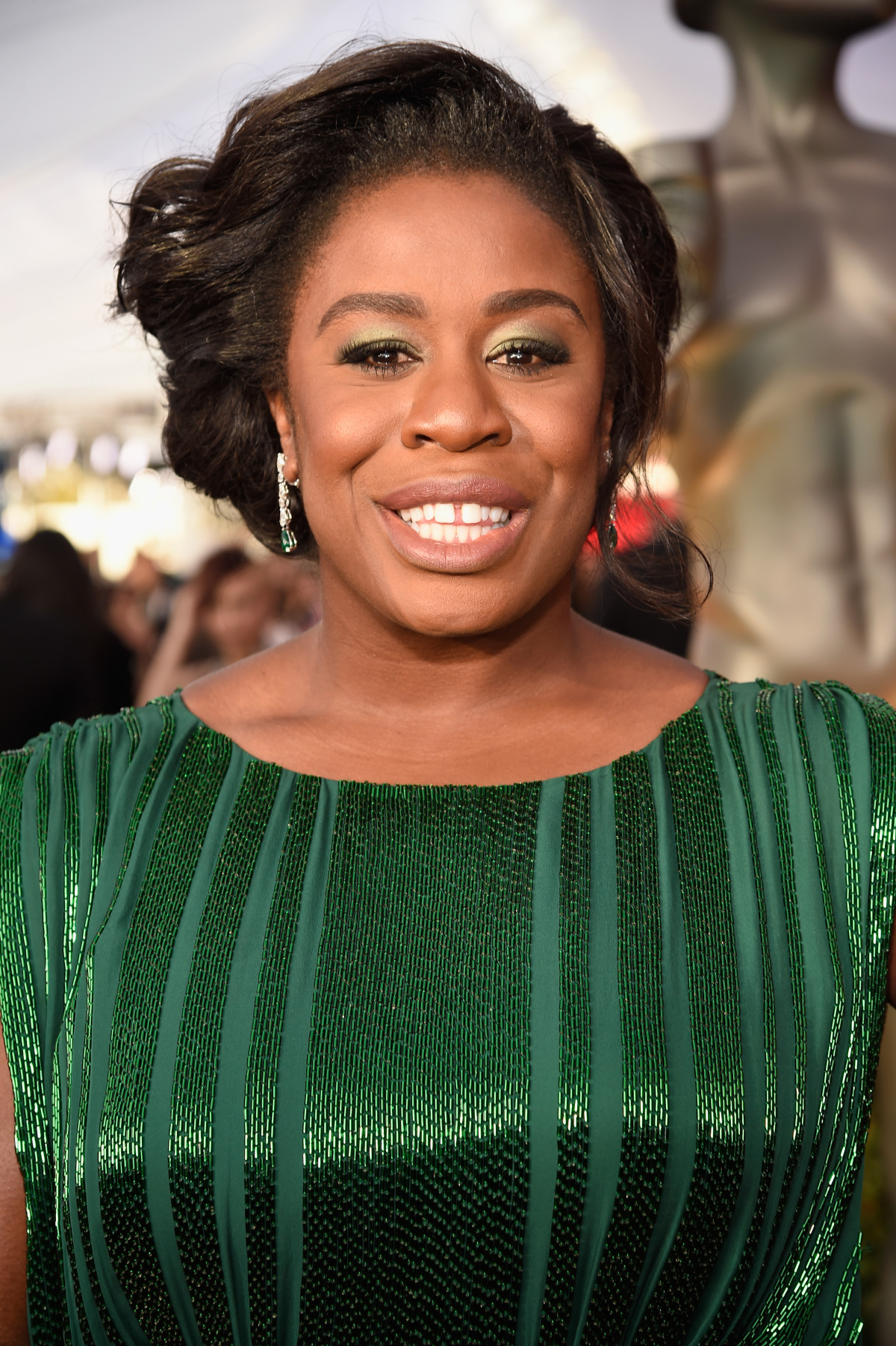 The Trick To Uzo Aduba's Modern Roman Royalty Makeup Moment
