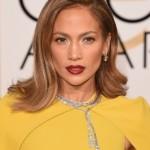 Get Jennifer Lopez' Golden Globes Hair & Makeup Look