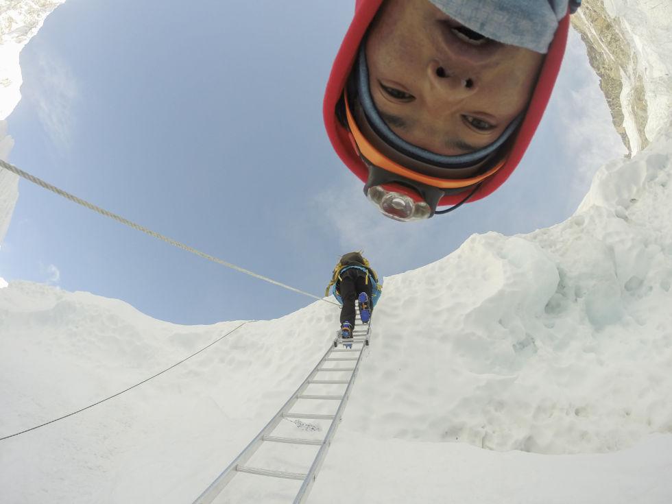 gallery-1455297982-sherpa-3-sherpa-climbing
