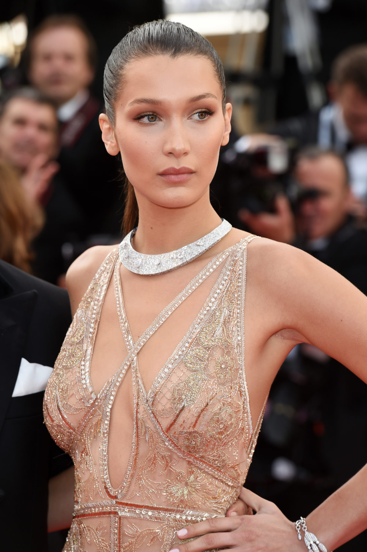 The Trick To Bella Hadid's Clean Makeup Look