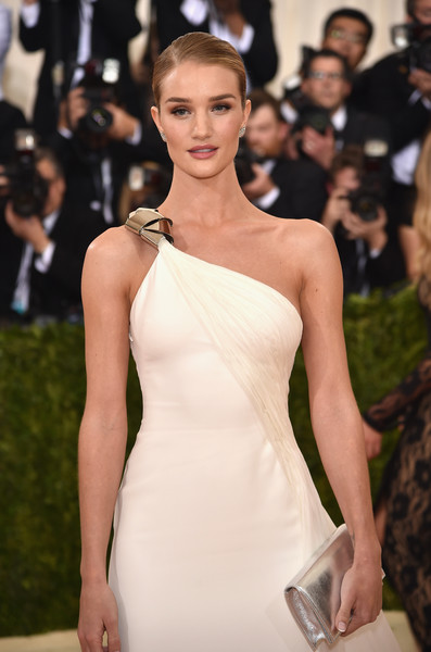 Rosie+Huntington+Whiteley+Manus+x+Machina+870XrqHGGp6l