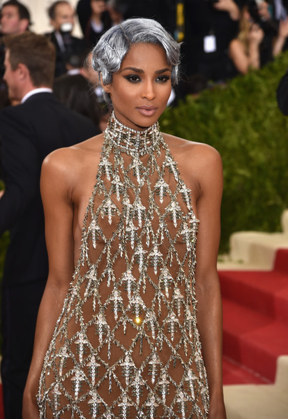 The Trick To Ciara's Silver Met Gala Makeup Moment