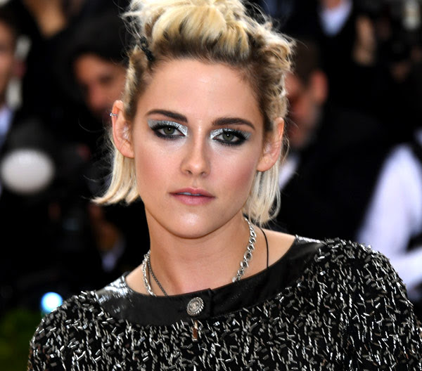 "The Secret To Kristen Stewart's ""Anti-Precious"" Met Gala Makeup"