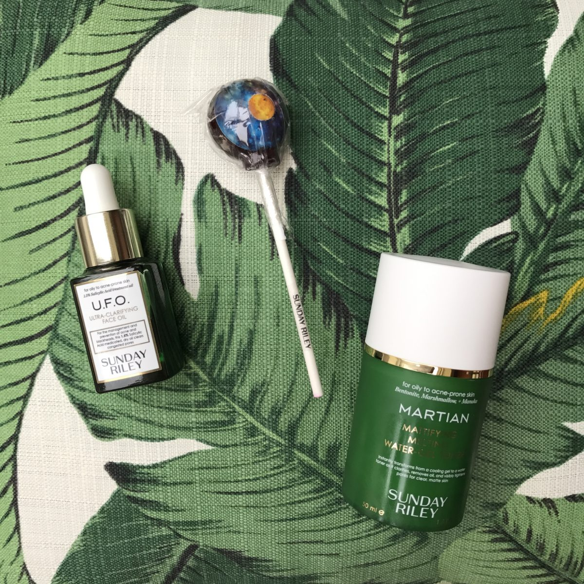 This Salicylic Acid-Spiked Oil Is A Game Changer
