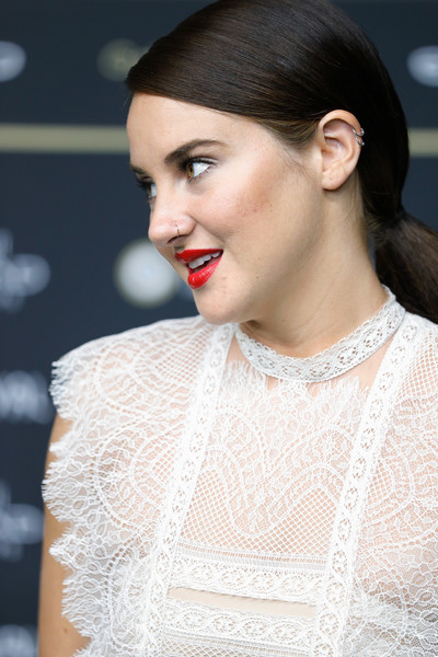 Steal Shailene Woodley's Chic Pony