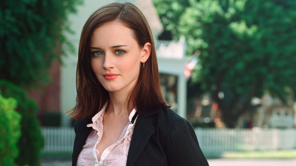 2016 Holiday Gift Guide: Rory Gilmore Of 'Gilmore Girls'