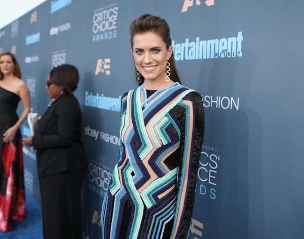 How To Recreate Allison Williams' Fly '70s Eye