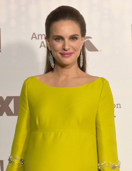 The Secret To Natalie Portman's Bold Brow Look