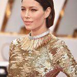 How To Recreate Jessica Biel's Cleopatra Makeup & Sculptural 'Do