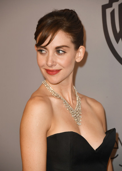 Get Alison Brie's Audrey Hepburn Hair With These Tips