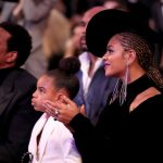 The Trick Beyonce's Glowy Skin Moment At The Grammys