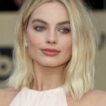 The Trick To Margot Robbie's Ethereal Eye Look