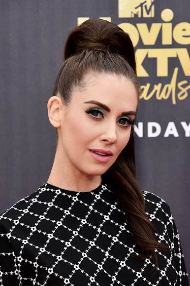 The Trick To Alison Brie's '60s Pony