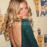 Get the Look: Sienna Miller at the 2009 MTV Movie Awards