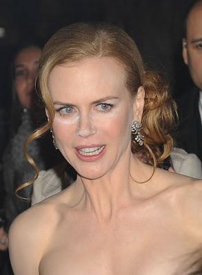 Nicole Kidman's Powder Mishap at the Nine Premiere
