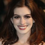 Anne Hathaway's Makeup for Alice In Wonderland
