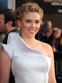 Get The Look: Scarlett Johansson's Hairstyle At The Iron Man 2 Premiere