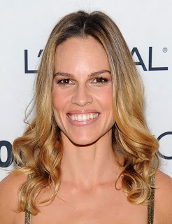 Get The Look: Hilary Swank at the Glamour Woman of the Year Awards 2010