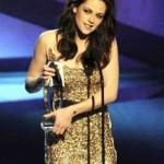 Get The Look: Kristen Stewart's Hairstyle at the 2011 People's Choice Awards