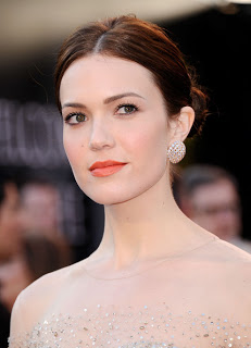 2011 Oscars Makeup: Mandy Moore