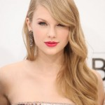 Get The Look: Taylor Swift At The Billboard Awards 2011
