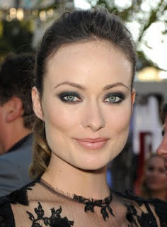 "Get The Look: Olivia Wilde At The ""Cowboys And Aliens"" Premiere"