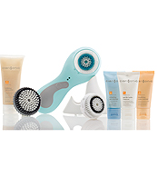Giveaway: Clarisonic Blue Plus Deep Pore Cleansing System ($225 Value!)