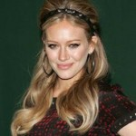 """Get The Look: Hilary Duff Channels Brigitte Bardot At """"Devoted"""" Book Signing"""