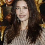 """Get The Look: Jessica Biel At The """"New Year's Eve"""" Premiere"""