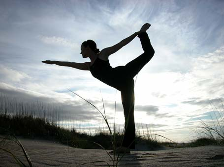 Fitness Blogging Junkie: Yoga To Combat Sunday Blues