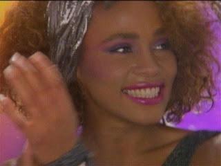 Whitney Blogging Junkie: Whitney Houston's Iconic Bow Headband