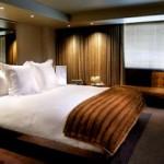 Travel Blogging Junkie: SLS Hotel in Beverly Hills Video Tour