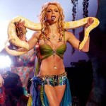 Britney Spears Glory Days 'Dos How-To: The VMA Snake Moment Of 2001
