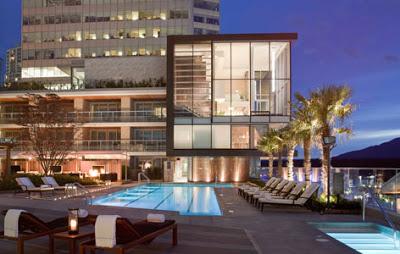 Travel Blogging Junkie: Fairmont Pacific Rim Hotel In Vancouver