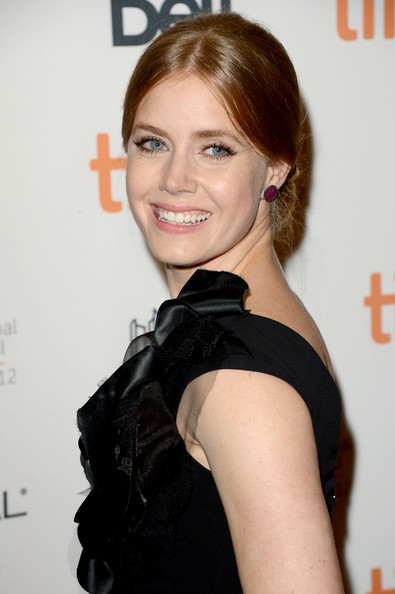 Get The Look: Amy Adams At 'The Master' Premiere