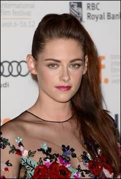 Kristen Stewart's Makeup: 'On The Road' Premiere