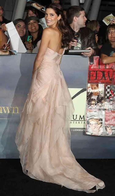 Ashley Greene's Hairstyle How-to: 'The Twilight Saga: Breaking Dawn Part 2'