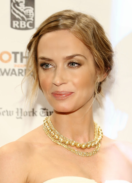 Emily Blunt's Makeup At The Gotham Awards 2012