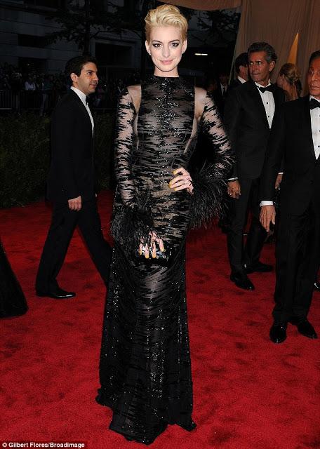 Met Ball 2013: Anne Hathaway Makeup