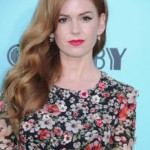 Makeup & Hairstyle: Isla Fisher At 'The Great Gatsby' Premiere