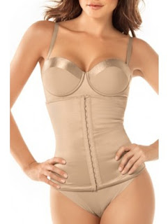 5 Things I Learned From Corset Training For A Week