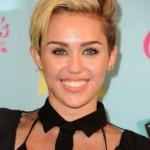 Makeup: Miley Cyrus 2013 Teen Choice Awards