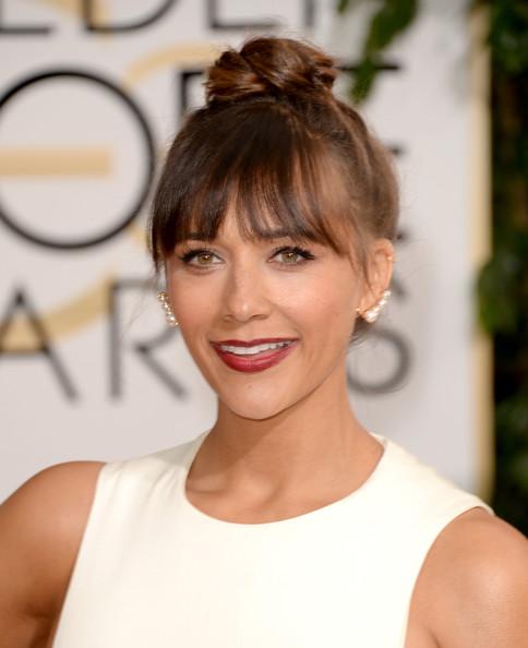 Golden Globes 2014 Makeup And Hairstyle: Rashida Jones