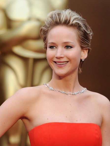 Oscars 2014 Makeup: Jennifer Lawrence